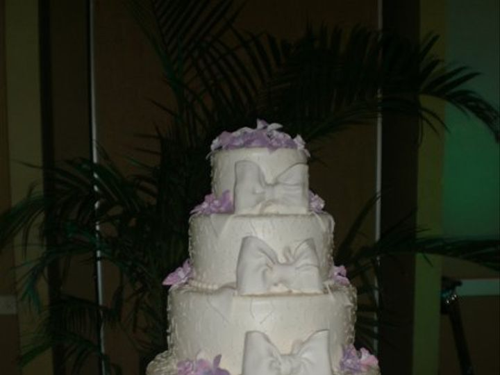 Tmx 1295894448193 CHANTILLYFB2028 Largo, Florida wedding cake