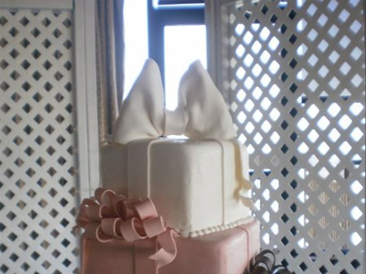 Tmx 1295894470319 CHANTILLYFB2078 Largo, Florida wedding cake