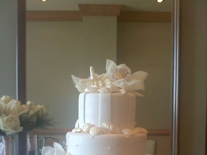 Tmx 1295898317157 AleshiaJosh10.02.10Hyatt Largo, Florida wedding cake