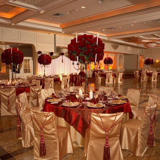 Rose bouquet centerpieces