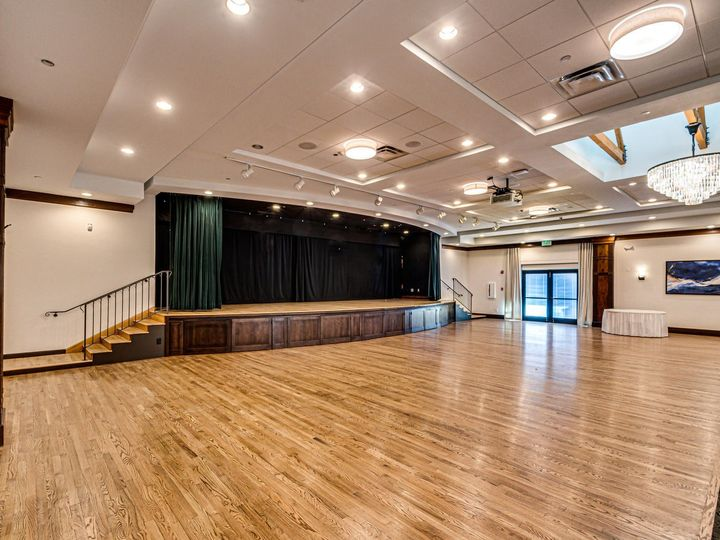 Tmx 23155 E Heritage Pkwy Aurora Large 036 025 Ballroom 12 1500x1000 72dpi 51 86463 159362270148025 Aurora, CO wedding venue