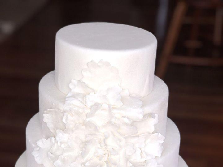 Tmx 1516165842 9c7605997fb4b6c0 1516165839 43772b9b765278f9 1516165838146 7 IMG 0314 Redmond, WA wedding cake