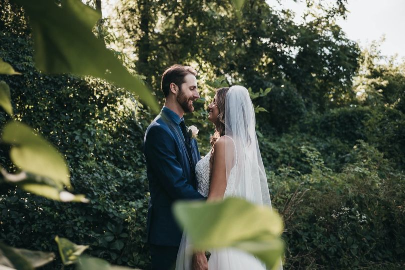 Newlywed's in nature