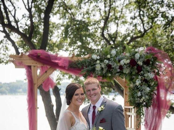 Tmx Img 1420 51 1900563 157569066052224 Mapleton, MN wedding florist