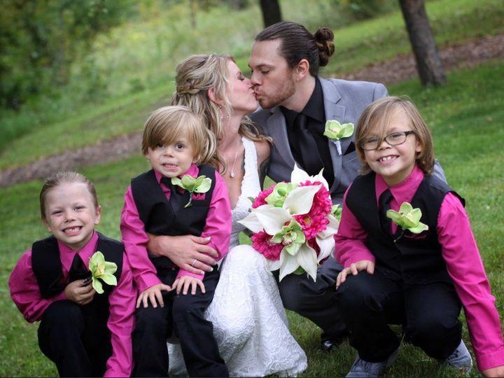 Tmx Img 1424 51 1900563 157569275417302 Mapleton, MN wedding florist