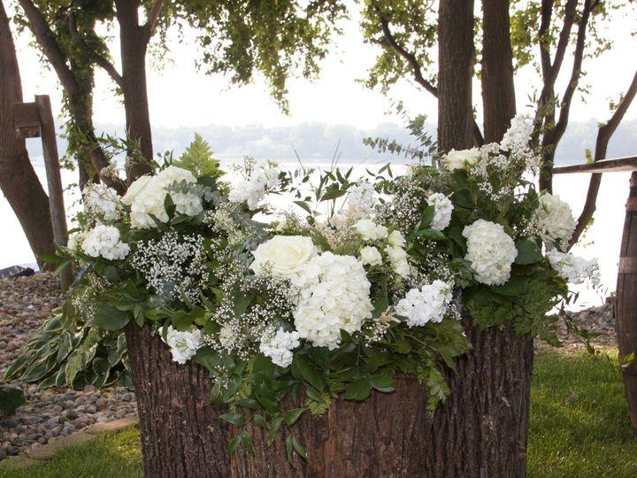 Tmx Img 5901 51 1900563 157585223520803 Mapleton, MN wedding florist