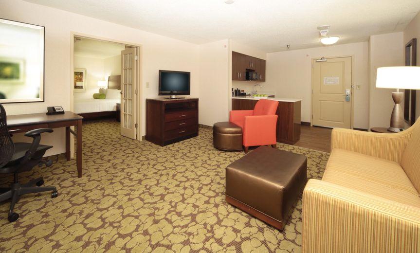 800x800 1405436511162 640c0410 suite - Hilton Garden Inn Pittsburgh Downtown