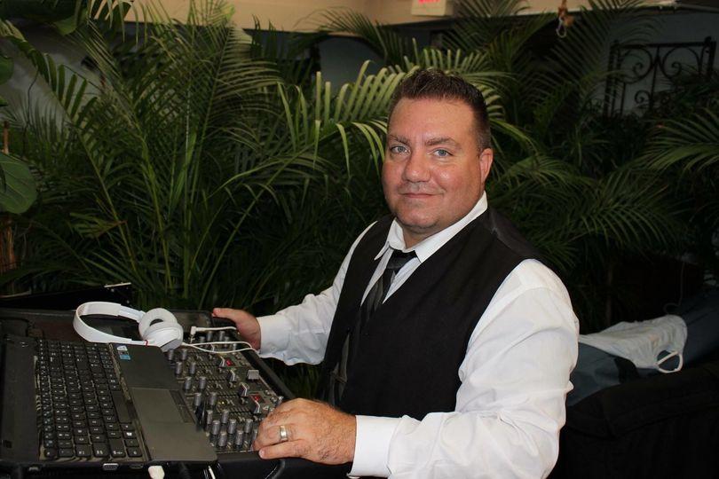 New York Sound DJ & Entertainment