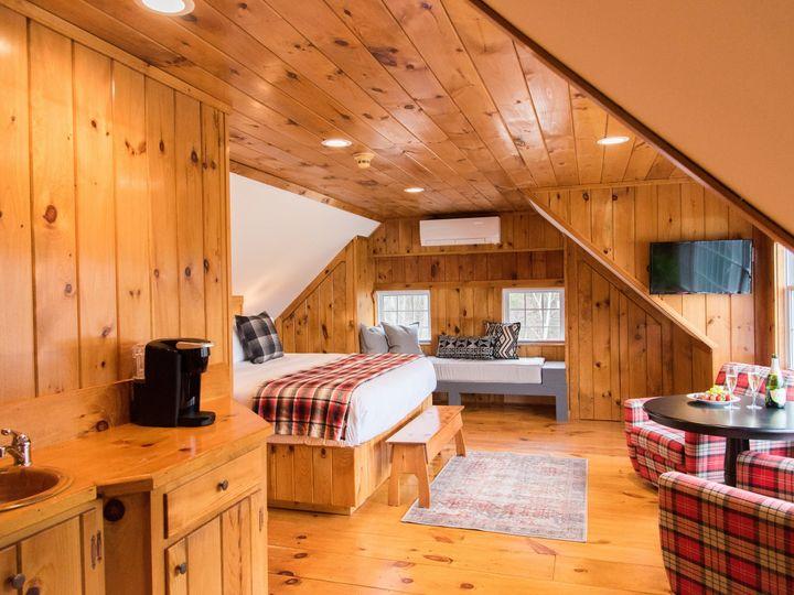 Tmx Bear Mountain Inn 2018 Tory Joanne Final 0231 51 441563 V1 Waterford, ME wedding venue