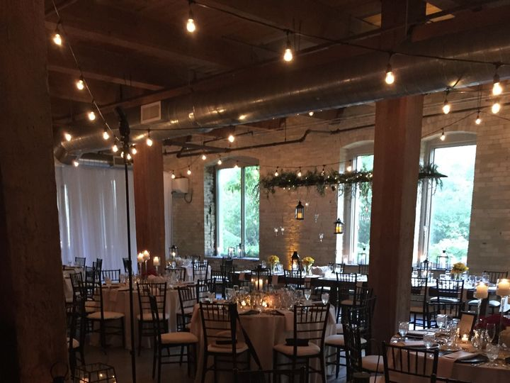 Tmx Img 2550 E1472720911512 51 1051563 Milwaukee, WI wedding venue