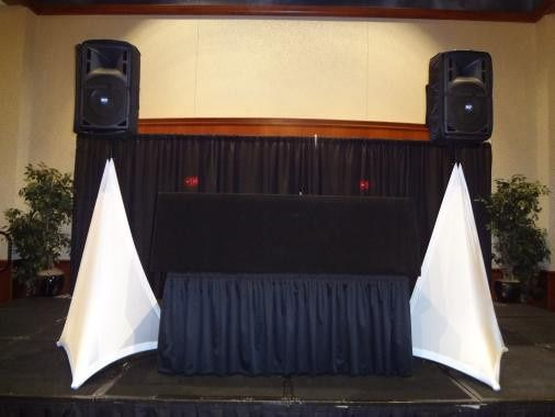 dj set up black and white