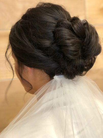Bridal updo in brunet