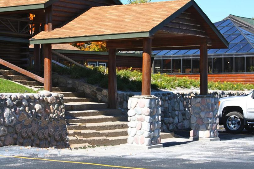 Beaver Creek Hall Entrance