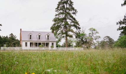 The Historic Hill House and Farm