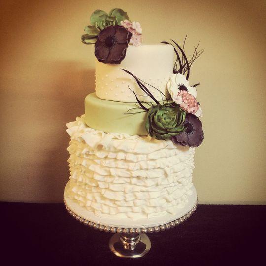 baked in nashville wedding cake nashville tn weddingwire. Black Bedroom Furniture Sets. Home Design Ideas