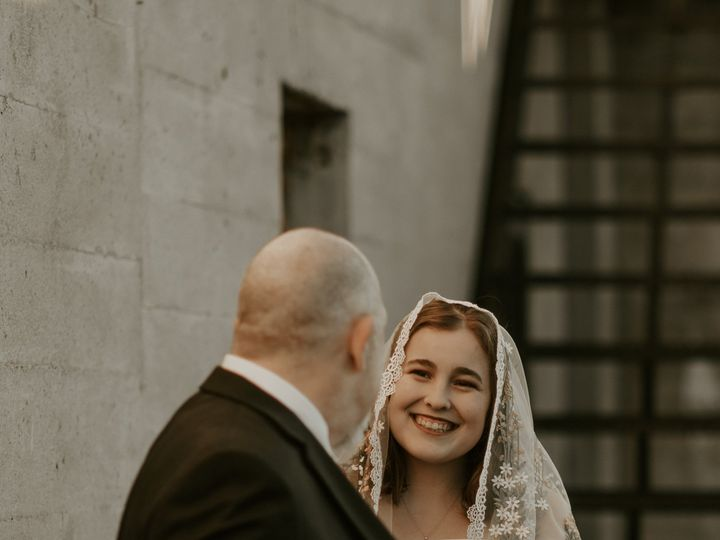 Tmx Img 8469 51 1895563 161237693519012 Raleigh, NC wedding photography