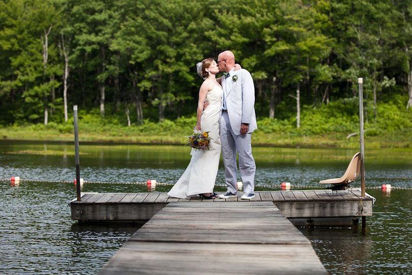Deep Creek Lake Maryland wedding couple.