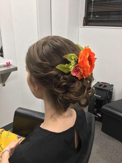 Flowers on bride's hair