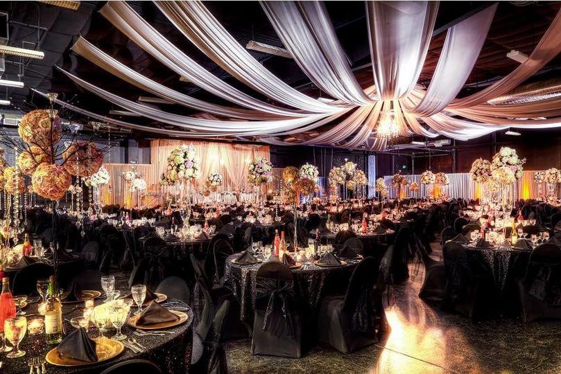 272c685007e4b570 Wedding