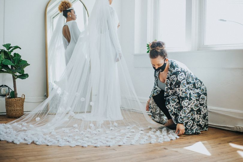 Straightening the custom veil