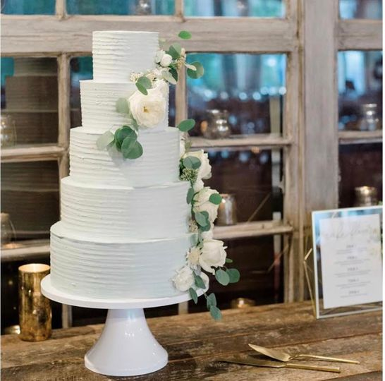 5 tier buttercream in rustic s