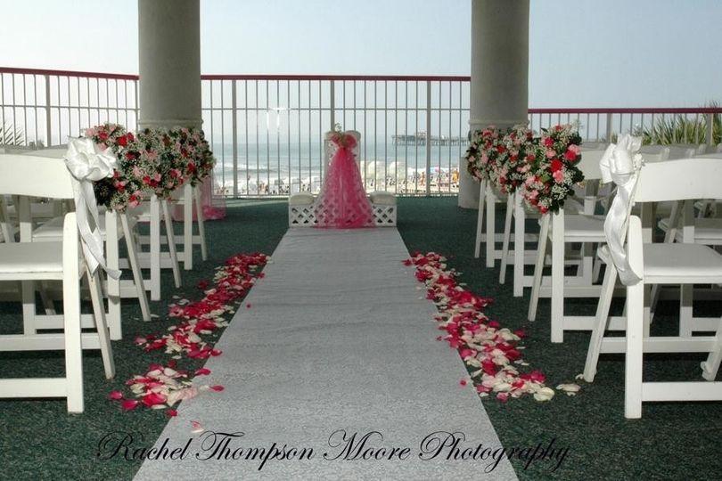 800x800 1369073278928 Wedding Setup Gazebo
