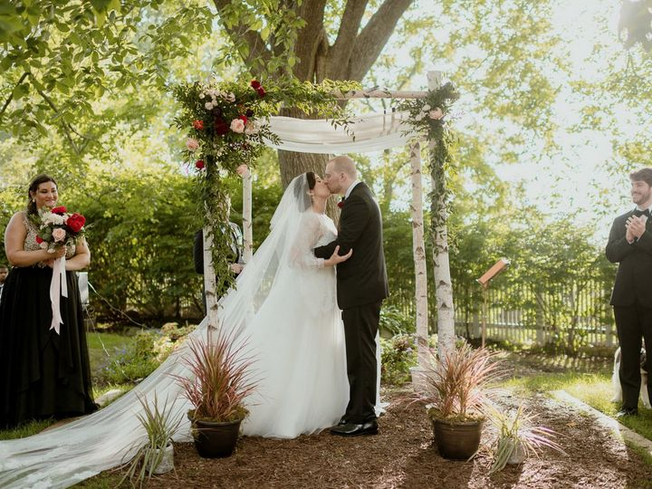 Tmx Elizabeth David Goldenhourstudios Jessepafundi 2 51 32663 Washingtonville, NY wedding venue