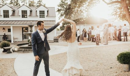 Blush & Bubbly Events