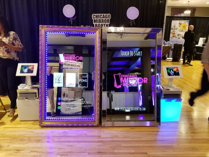 Double Mirror Booth!