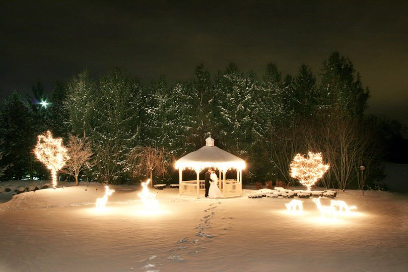 Stunning Winter Wedding!  Ask about our off season wedding specials!