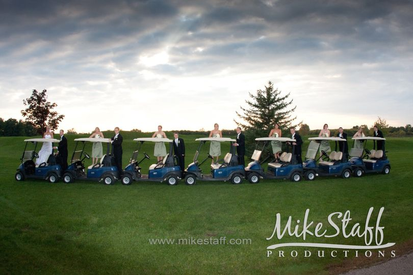 Did we say pictures AND golf carts? Enjoy your day at Fox Hills along with golf carts for your...