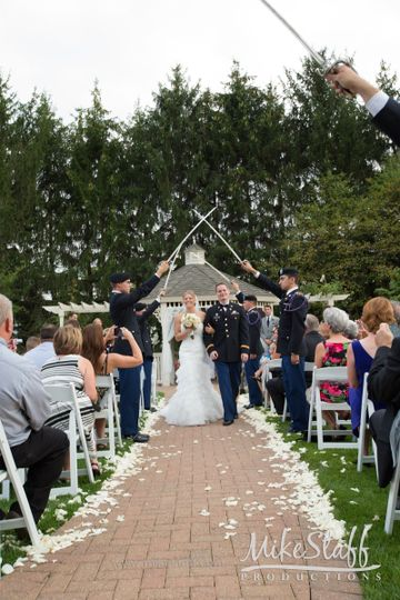 Our 3 outdoor ceremony sites will have you over the moon about your upcoming nuptials!
