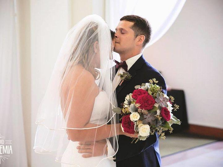 Tmx 1534807919 B55fe1fcd5f7e481 1534807919 0bf44c1d62ba7d13 1534807918877 7 Lauren 3 Quincy, Massachusetts wedding florist