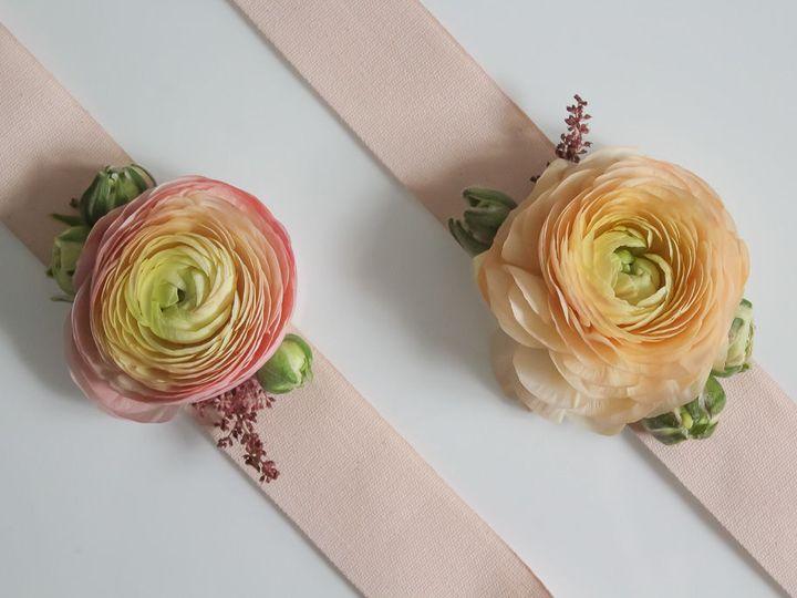 Tmx 1534808270 6da037a1f26521da 1534808268 9857716a4ef3c6a8 1534808268240 4 IMG 7111 Quincy, Massachusetts wedding florist