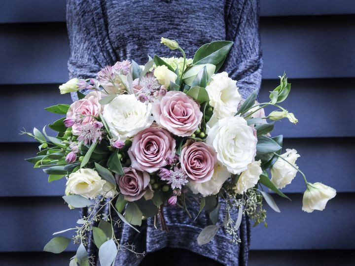 Tmx 1536416012 B5642f6b796c1c7e 1536416010 8d54b74ba93b4754 1536416006384 5 IMG 9953 2 Quincy, Massachusetts wedding florist