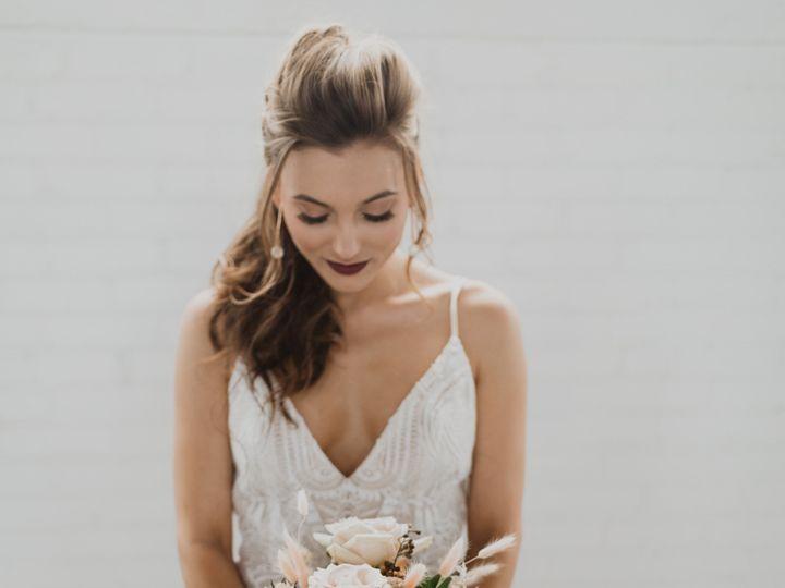 Tmx Bi9a9588 51 993663 1558896379 Quincy, Massachusetts wedding florist
