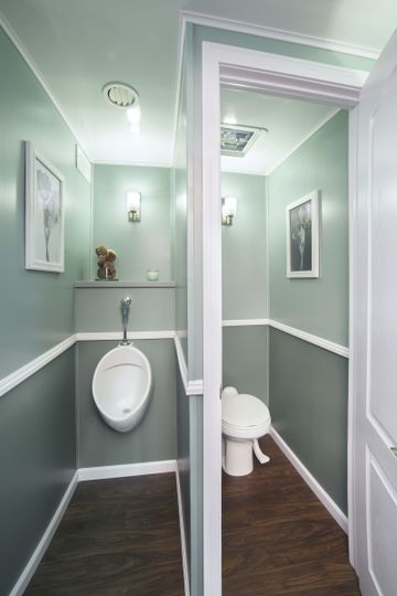 Aardvark tidy toilets llc event rentals avon in for Bathroom rentals for weddings