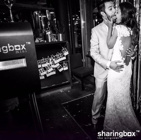 sharingbox mini at a wedding party