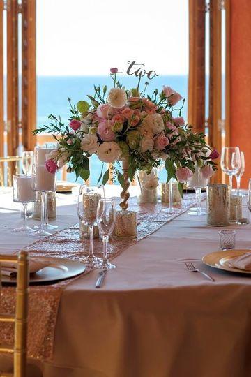 Elegant Table arrangemets