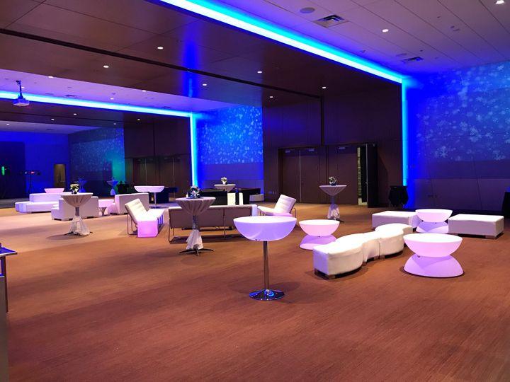 Tmx Snowed In 2 51 1231763 1572893408 Bellevue, WA wedding venue