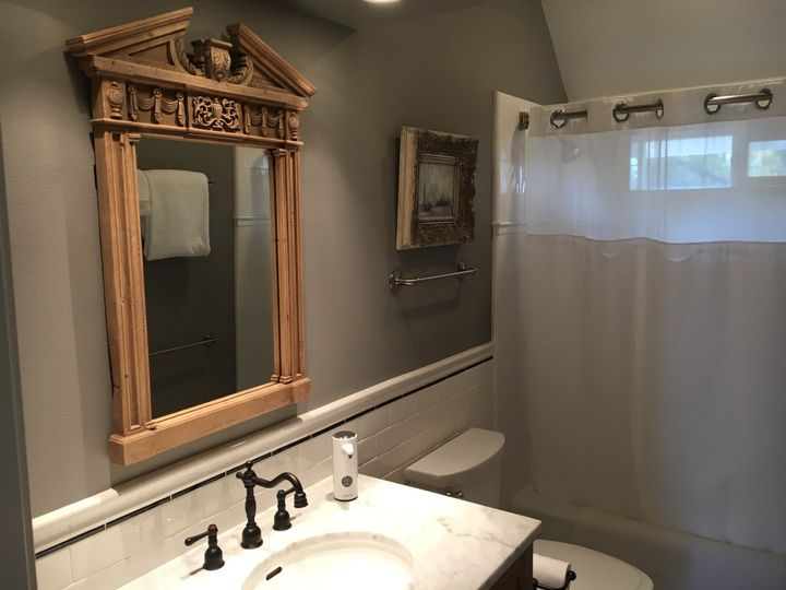 Beautiful guest bathroom