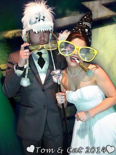 wedding couple n