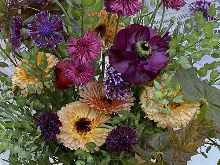 Tmx Img 1917 51 1988763 160095494551137 Oneco, CT wedding florist