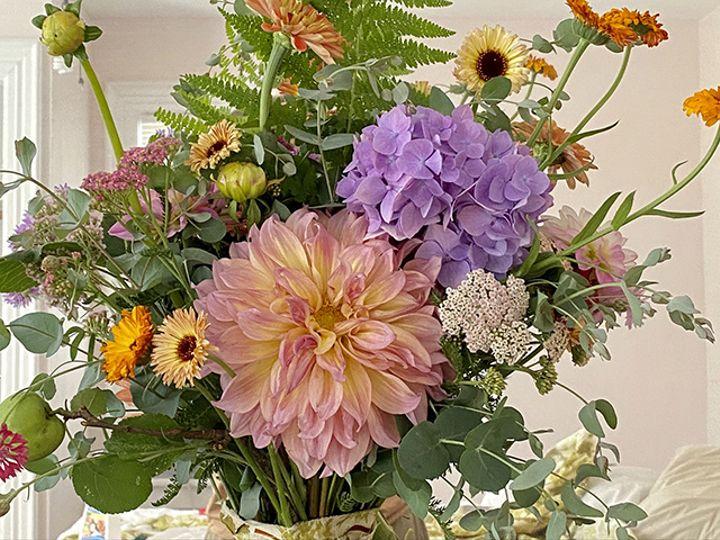 Tmx Img 6813 2 51 1988763 160095529259627 Oneco, CT wedding florist
