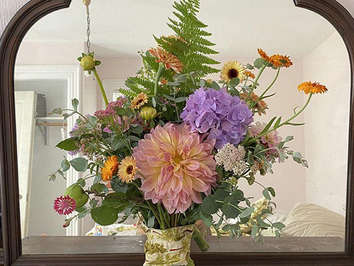 Tmx Img 6813 51 1988763 160095529044526 Oneco, CT wedding florist