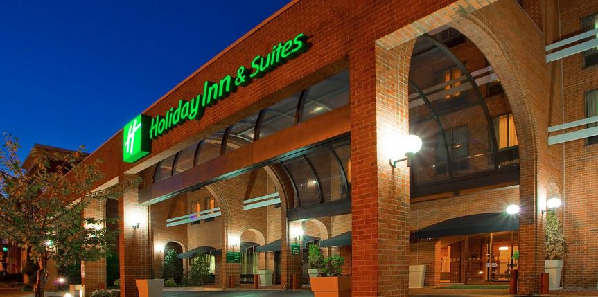 holiday inn and suites alexandira 51 1949763 158281510133767