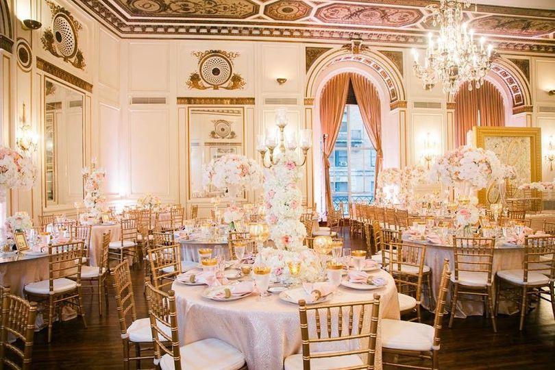 131da4a04247df27 1500988695143 noor wedding receptions 2