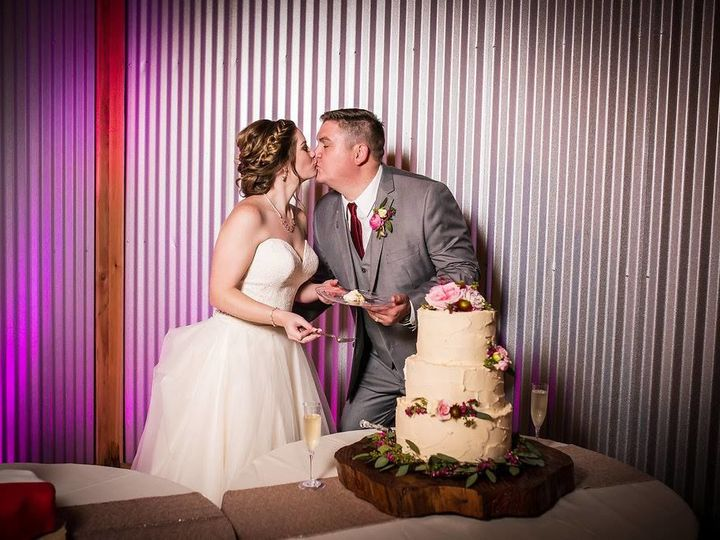 Tmx 1524364990 6a6c1786bae31289 1524364989 7a424d3e8878e05e 1524364955589 7 19787481 101025646 Luther, Oklahoma wedding venue