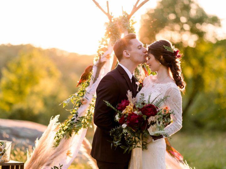 Tmx Barberrystyledshoot 318 51 1064863 1567691760 Trumbull, CT wedding beauty