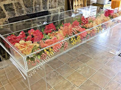 Acrylic sweetheart table